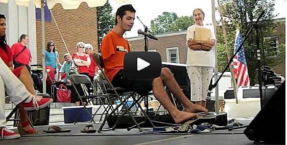 Armless Musician Win Scholarship