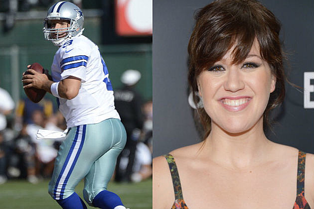Kelly Clarkson Sings Dallas Cowboys Anthem